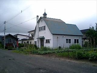 留辺教会.jpg
